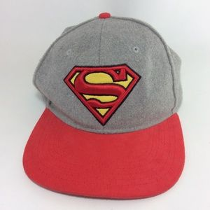 Superman DC Comics superhero ballcap gray, red hat